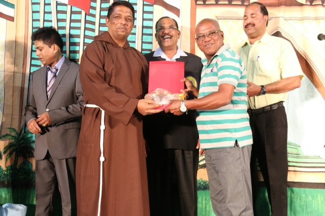 "Phot Album: KSC of the Holy Rosary Church Qatar organized Konkani Drama ""NATHU"""