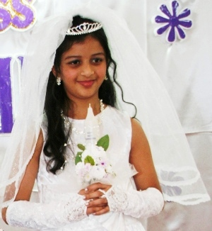 Photo Album First Holy Communion Lereina D'Souza