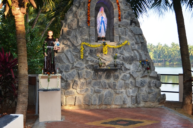 Photo Album: Grotto Inauguration in Kambla Thota